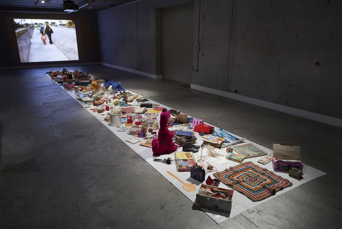 Katthy Cavaliere, Loved at Carriageworks (2016), installation view of story of a girl (1999). Photo: Zan Wimberley. Courtesy of Carriageworks.